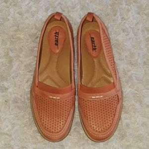Earth Citrus loafers